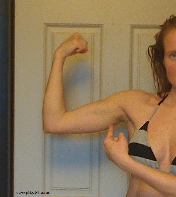 flexing fitness