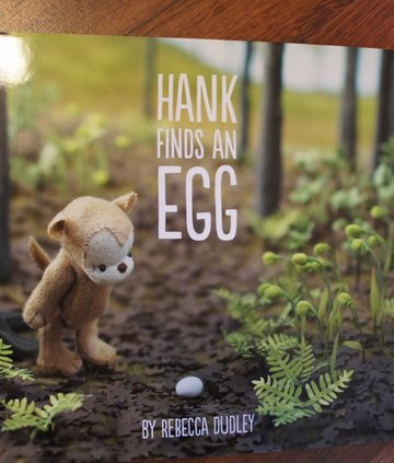 hank finds an egg