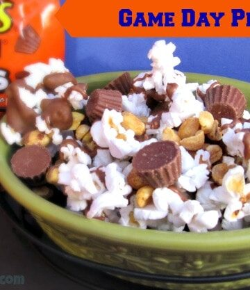 Game Day Pep-Corn with REESE'S Minis Recipe
