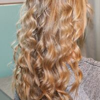 Curls that last with Karmin Clipless Curling Iron