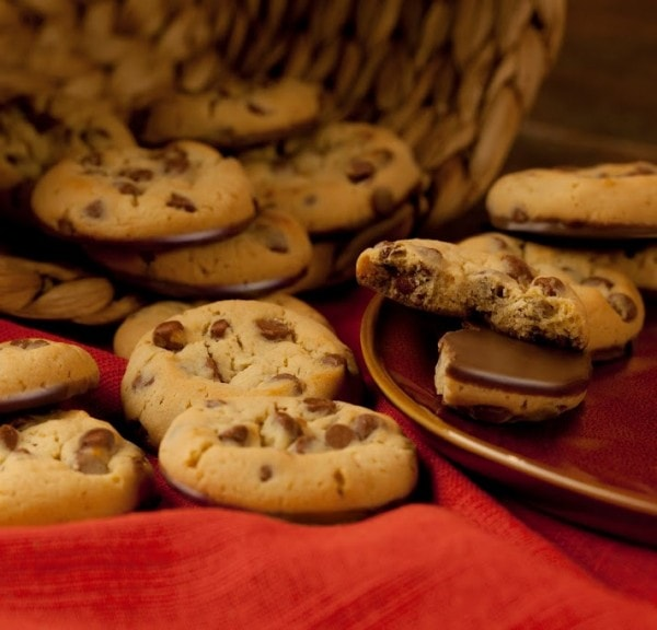 Mrs. Fields Nibblers® Cookies for Easy Desserts #Nibblers