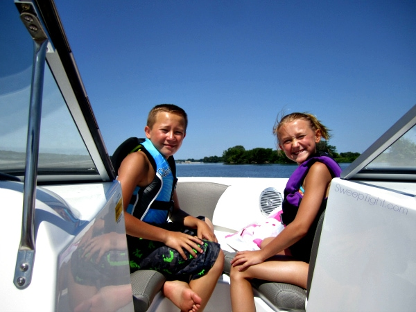 Summer Vacation and Boating in Missouri is on My Mind