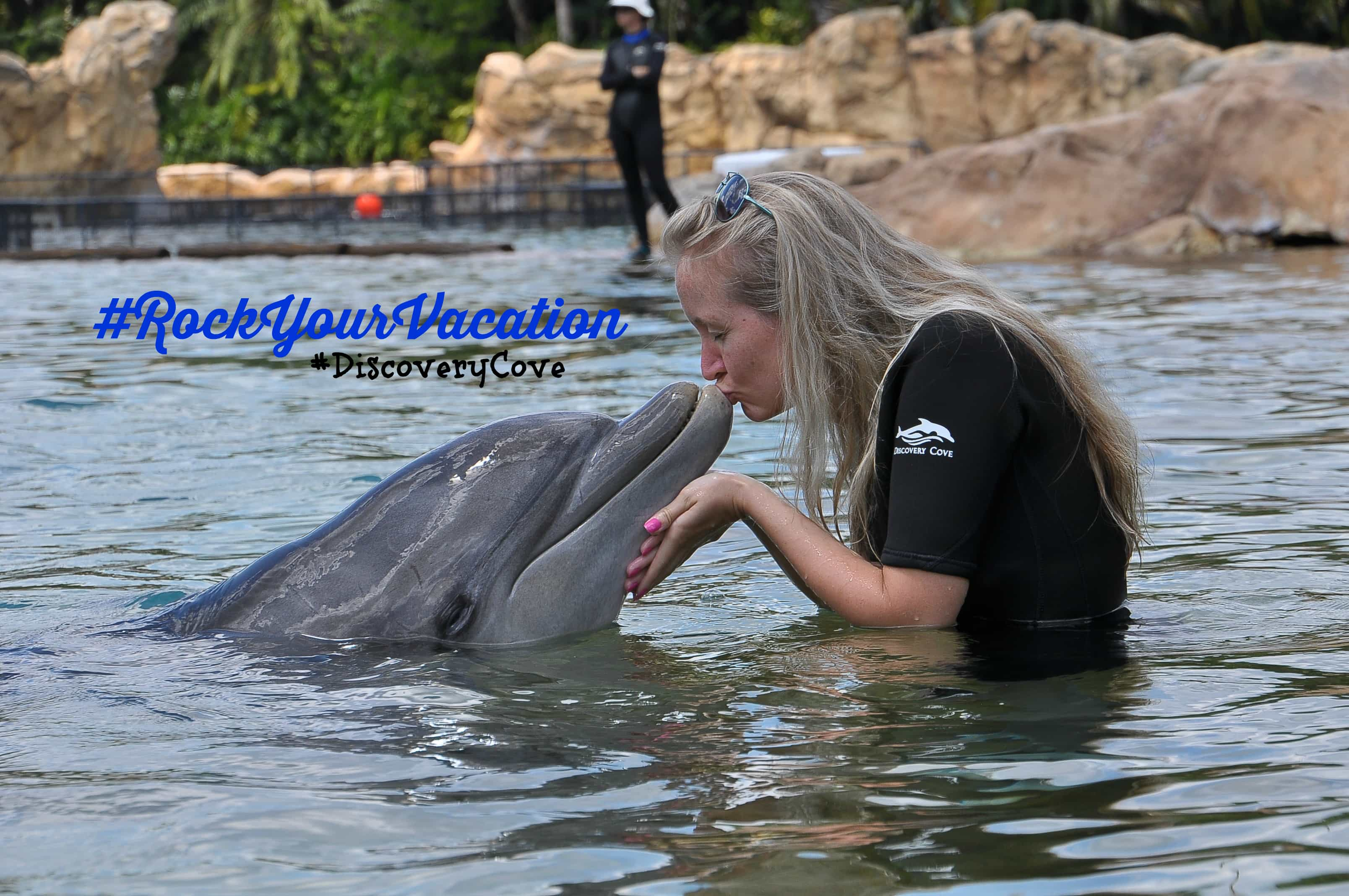 Dolphin kisses at Discovery Cove Orlando #RockYourVacation