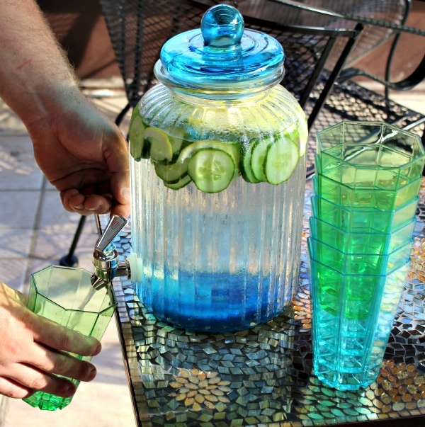 Creating Our Backyard Oasis with Pier 1 #Pier1OutdoorParty