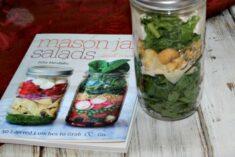 Mason Jar Salads for Lunch Ideas
