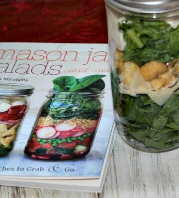 Mason Jar Salads for Lunch Ideas Book