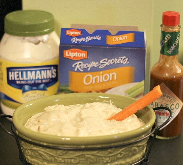 Easy Creamy Chipotle Onion Dip Recipe #TabascoHellmanns