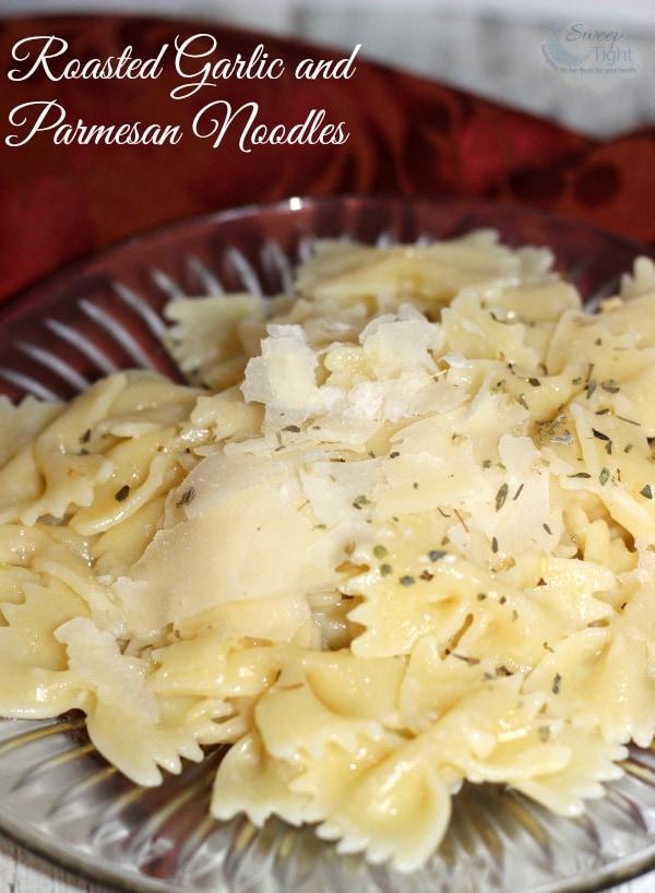 Roasted Garlic and Parmesan Pasta Recipe #MC #PastaFits