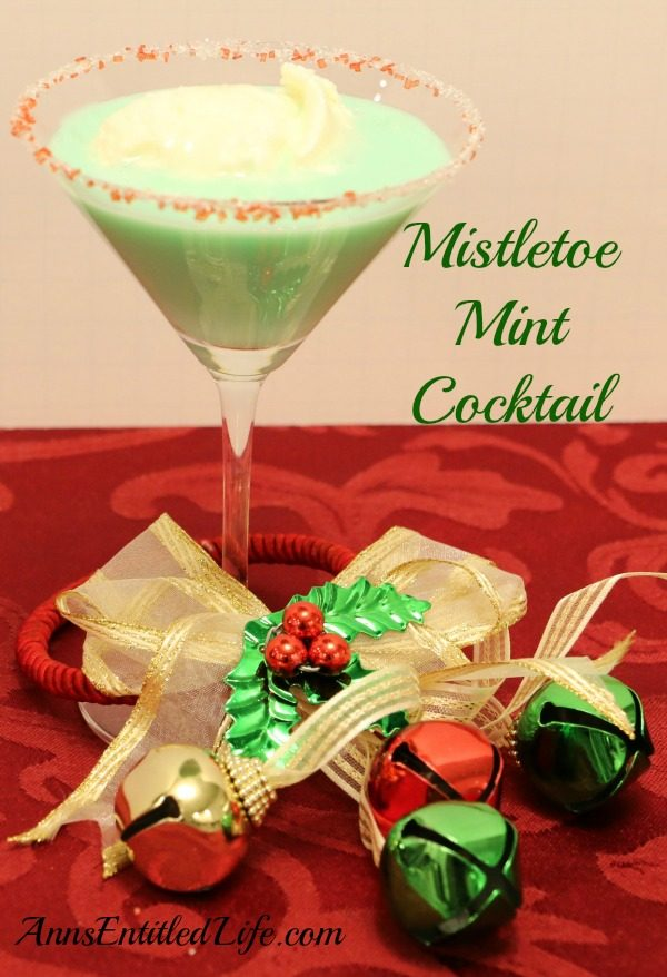 Mistletoe Mint Cocktail