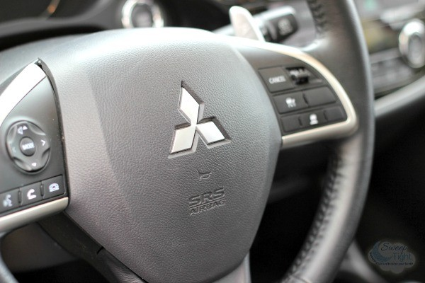 2015 Mitsubishi Outlander Impressive Safety Features