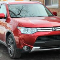 2015 Mitsubishi Outlander Impressive Safety Features