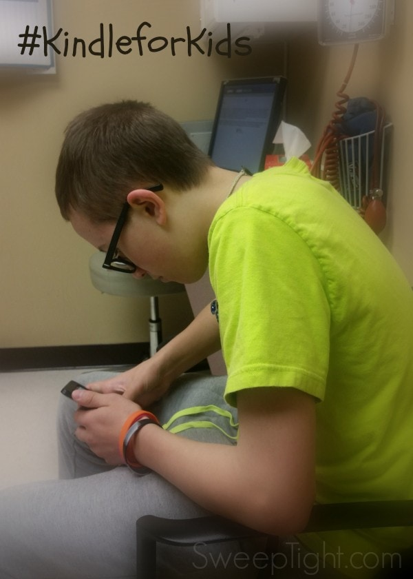 Pass time at the doctor and sneak in some reading time #KindleforKids #CleverGirls #spon