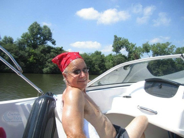 Dad boating in the Cal Sag