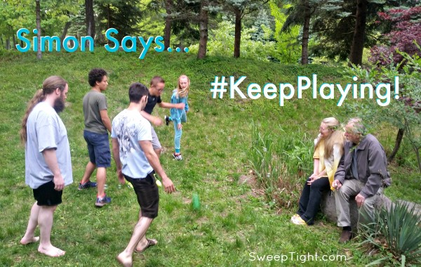 Let older family members be Simon so they can stay seated. Family Fun #KeepPlaying #ad