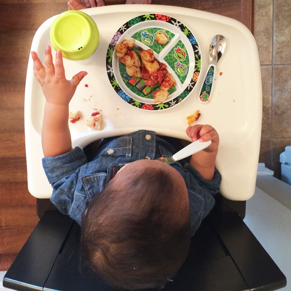 Tips to Teach Toddler Meal-Time Independence