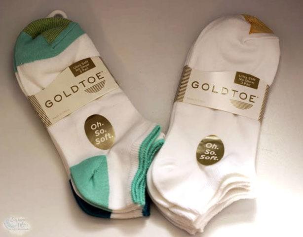 5 Reasons I love Gold Toe Socks #OhSoSoft