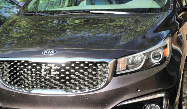 2015 Kia Sedona – Spacious Family Vehicle