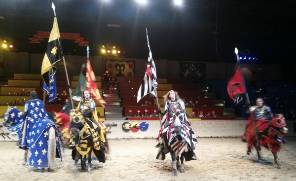 Summer fun for everyone at Medieval Times #MedievalSummer