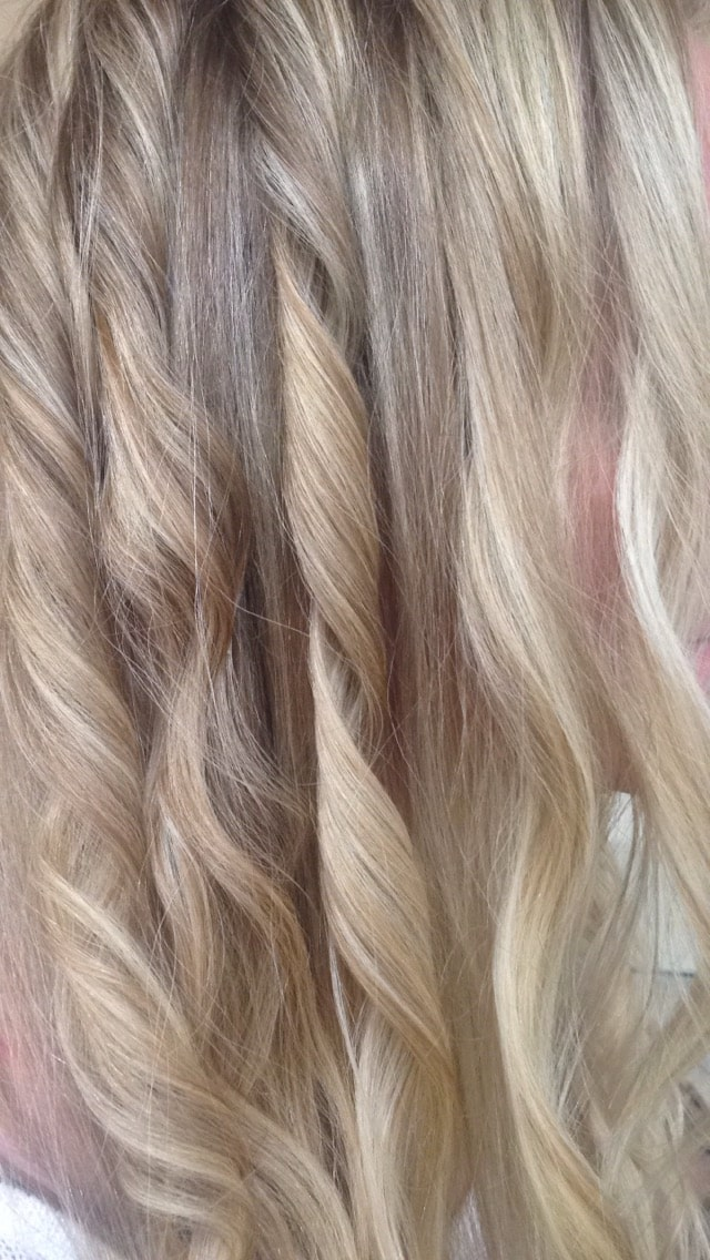 NuMe Curling Wand curls