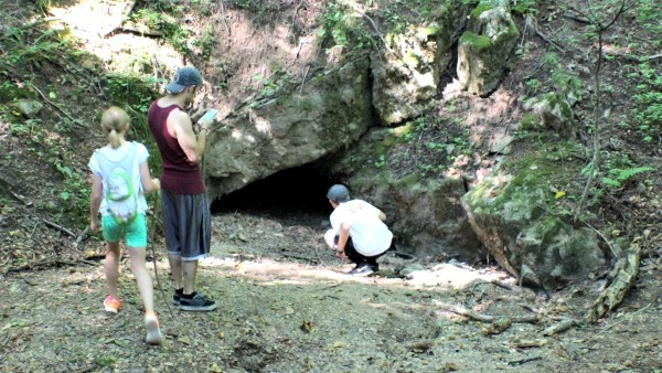 Small cave in the Allegheny Mountains #MFRoadTrip