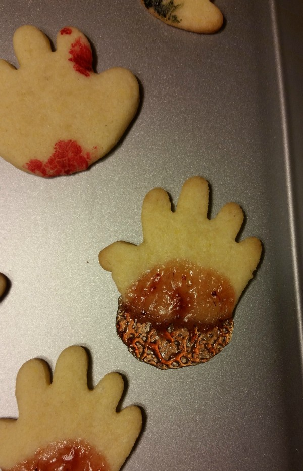 Easy cut out sugar cookies recipe to make severed hands! #YUM Perfect Halloween cookies!