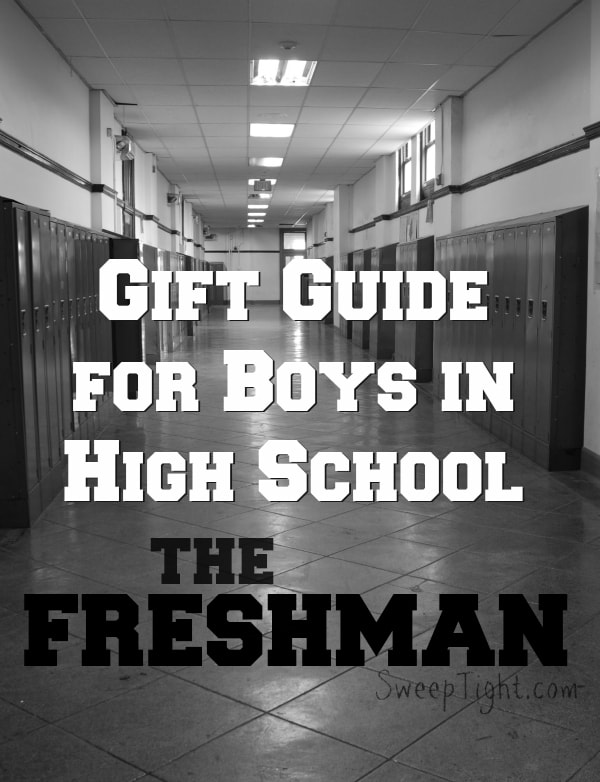 Need gift ideas for boys in high school -- freshman? Here is a gift guide for freshman boys. #giftguide #teens