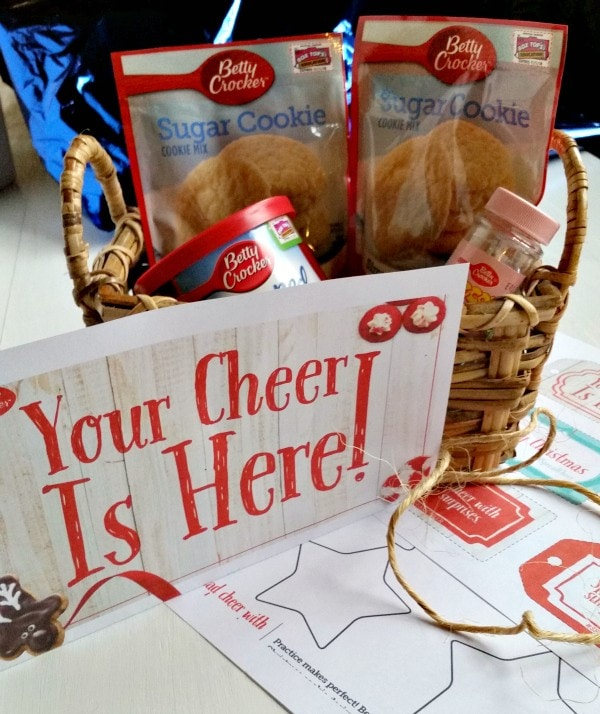 Spread Cheer and make it a holiday tradition! Ding-dong-ditch your neighbors with a basket of Betty Crocker cookies. #SpreadCheer