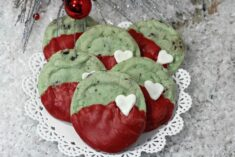Grinch Cookies – Mint Chocolate Chip Cookie Recipe