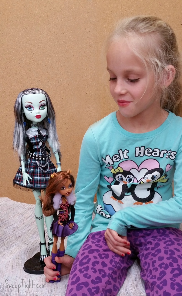 New Monster High Dolls are an Awesome Holiday Gift – Giveaway