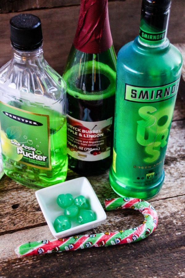Sour Apple Mint Drink Cocktail Recipe