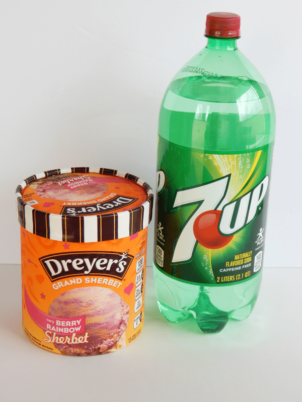 A bottle of 7UP and carton of sherbet