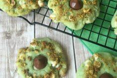 Pistachio Cookie Recipe - White Chocolate Pistachio Kiss Cookies