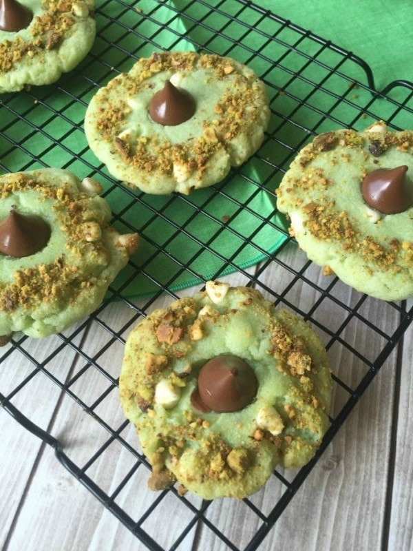 Pistachio Cookie Recipe - White Chocolate Pistachio Kiss Cookies