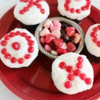 Dark Chocolate Cupcake Recipe - Valentine's Day Cupcakes