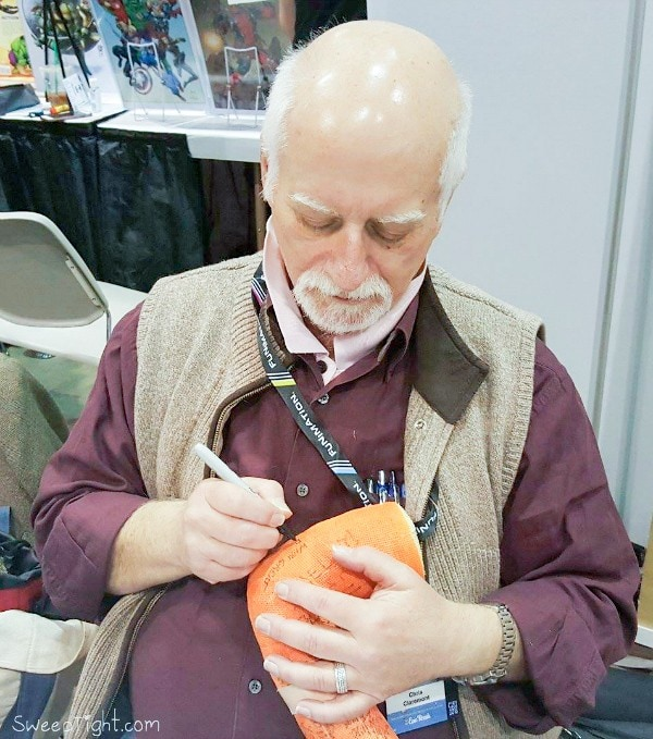 Shelley meets X-Men Writer, Chris Claremont at Chicago Comic Entertainment Expo C2E2