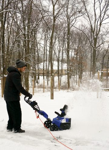 Winter in Chicago with an Electric Snow Blower