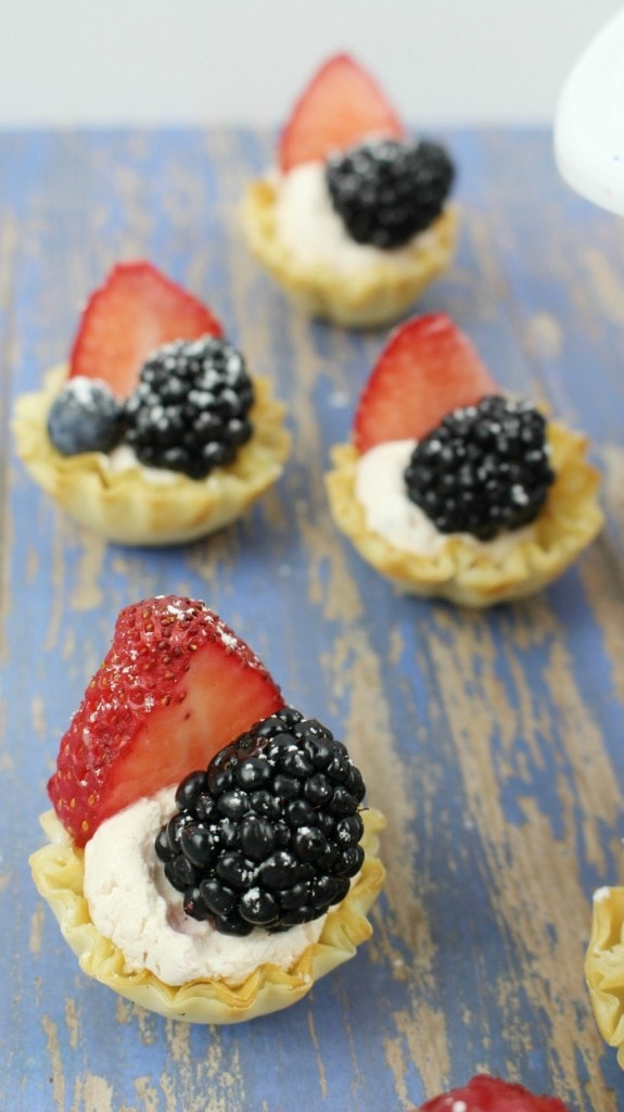 Easy Mini Fruit Tart Recipe - 4th of July Party Food