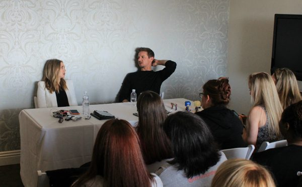 Exclusive Interview with Elizabeth Olsen and Jeremy Renner for Captain America: Civil War #CaptainAmericaEvent