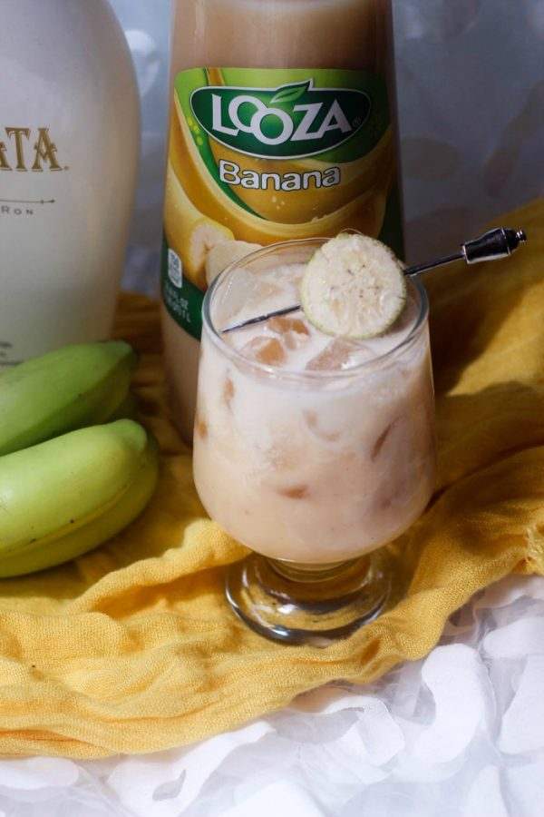 Easy Banana RumChata Cocktail Recipe