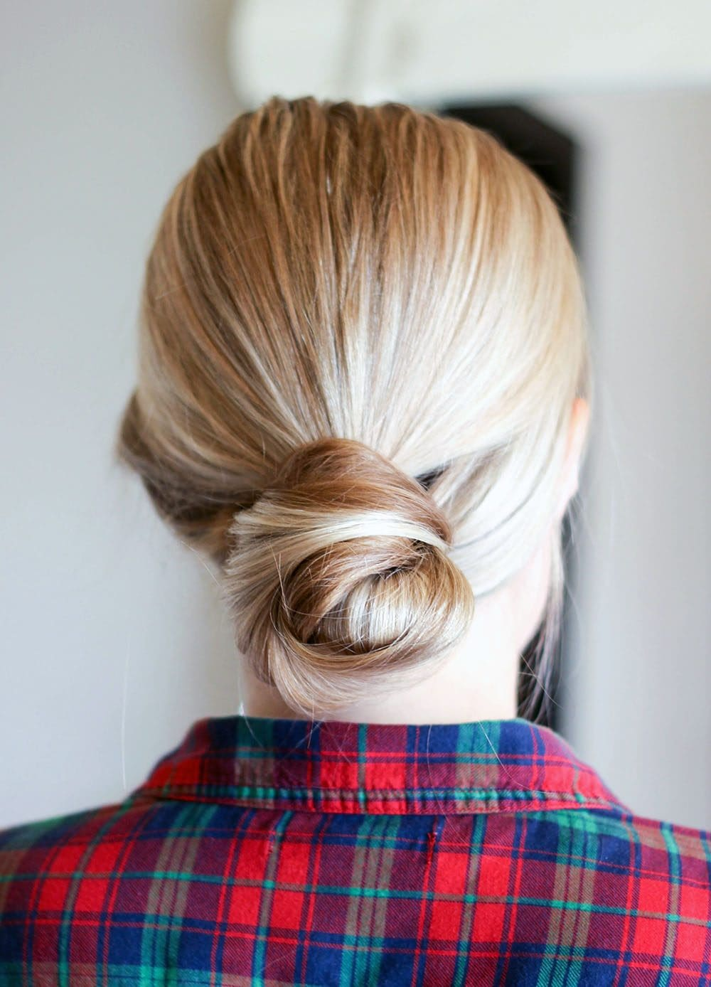Simply bun with smoothed back hair
