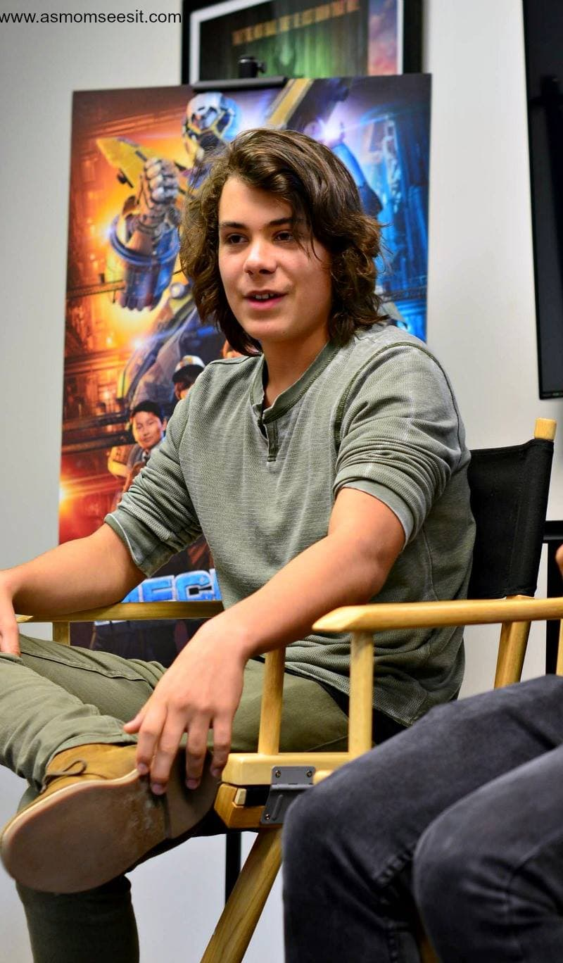 Pearce Joza - Awesome New Addition to Disney XD Shows - MECH-X4 Cast Interviews #MECHX4Event