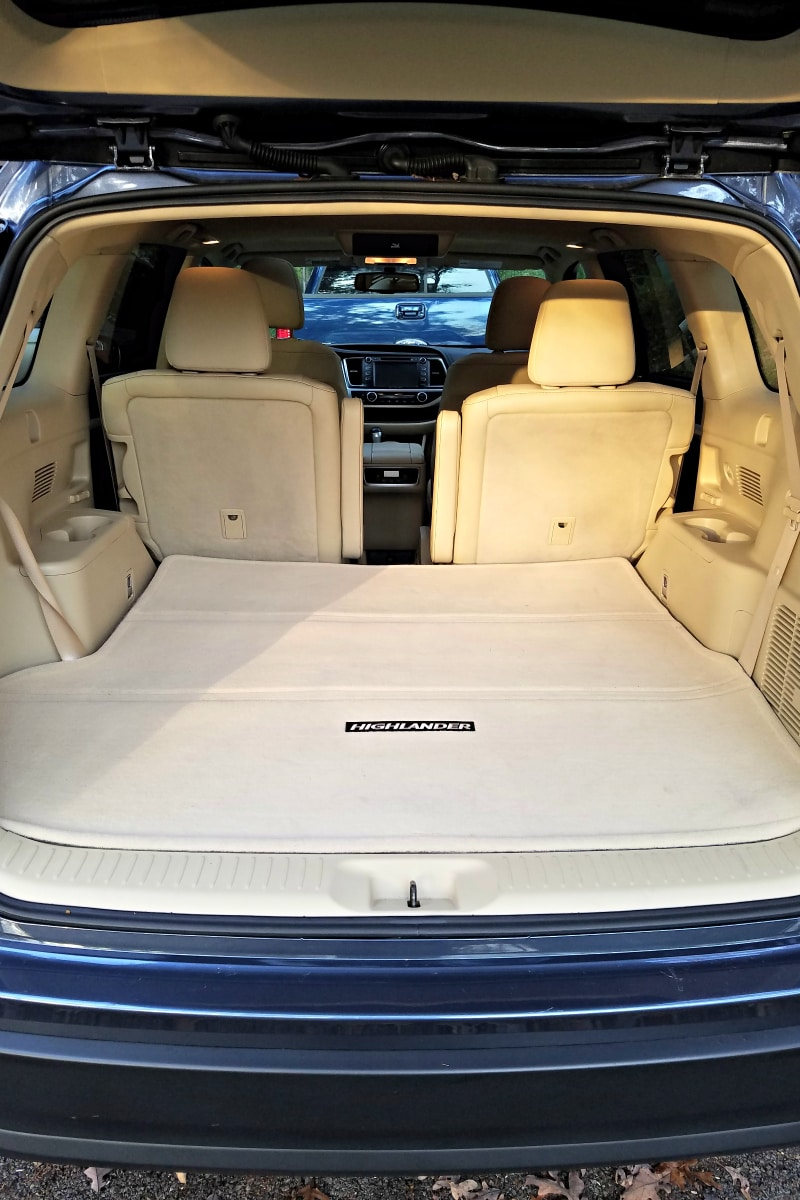 Fold-down 3rd row seating in the 2016 Toyota Highlander XLE - Best SUV for Teens