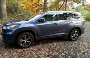 2016 Toyota Highlander XLE - Best SUV for Teens