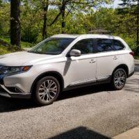 2017 Mitsubishi Outlander Review