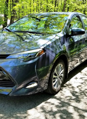 Super Affordable Luxury - 2017 Toyota Corolla Review