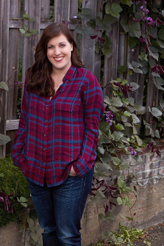 Allison Tolman as Nan