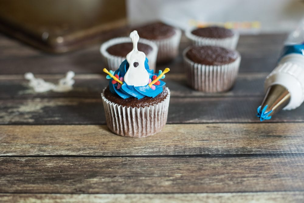 Disney Pixar Coco Cupcakes Recipe with Printables