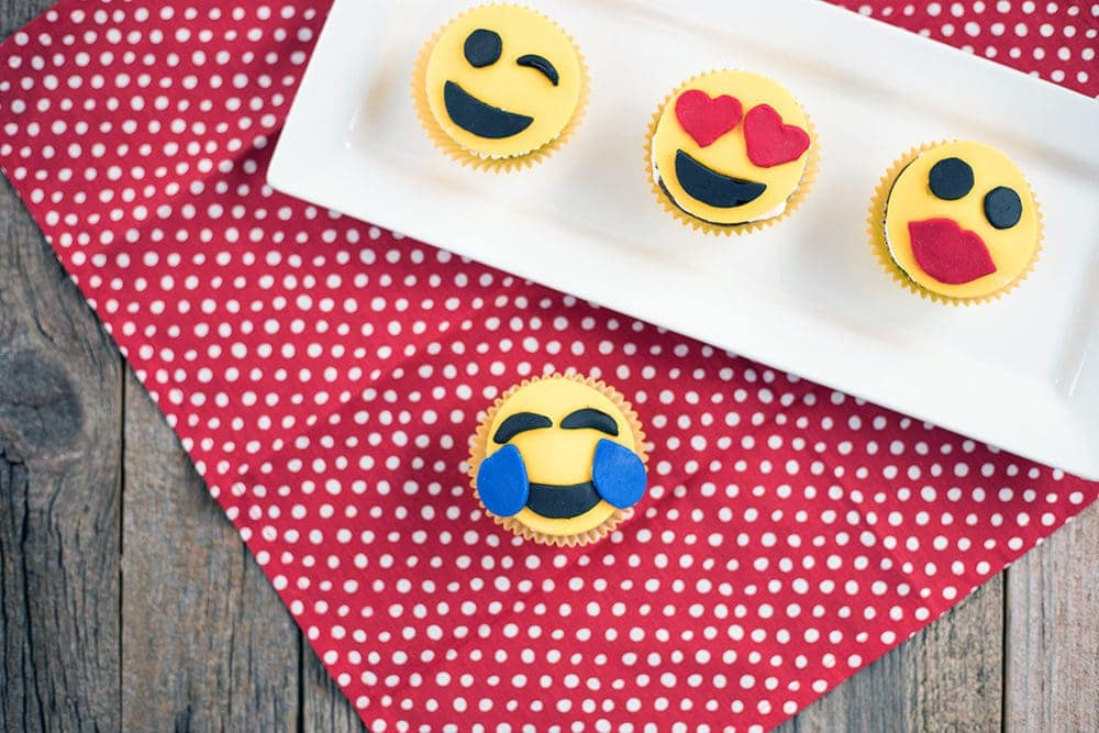 Adorable Emoji Cupcakes Recipe