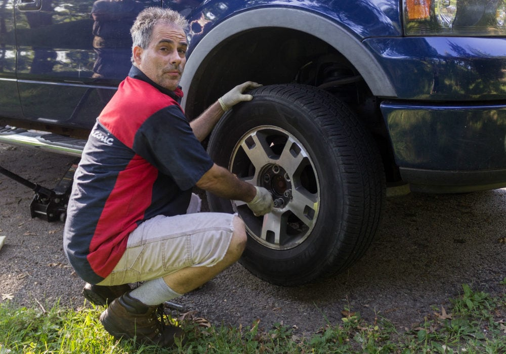 The Most Convenient and Affordable Car Maintenance Service - Your Mechanic - Dan Tracy