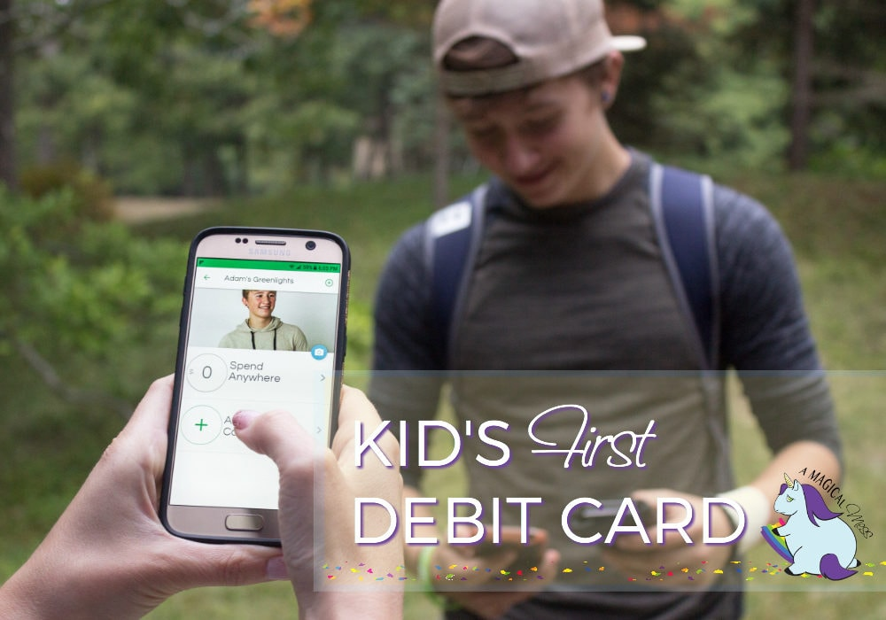 Greenlight, the smart debit card for kids - Allowance on a Debit Card - Teaching Kids and Teens Financial Responsibility. #GreenPMG #mygreenlight #Pmedia #ad